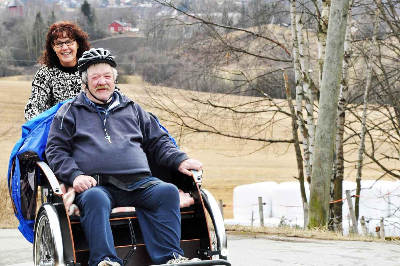 Sammen på rickshaw sykkel